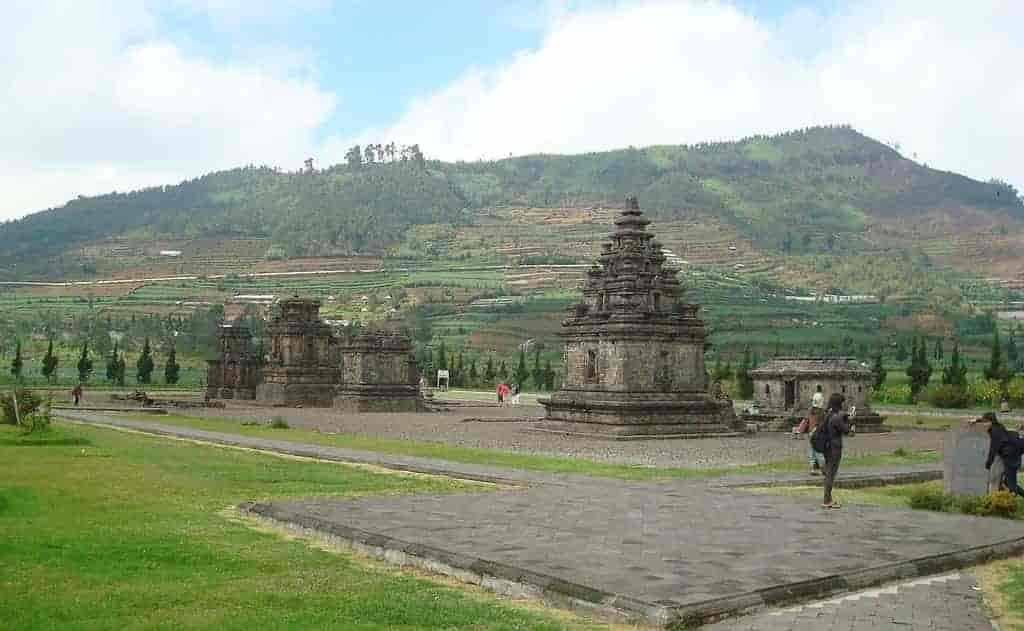 Indonesia Tourist Places in Hindi, Dieng Plateau