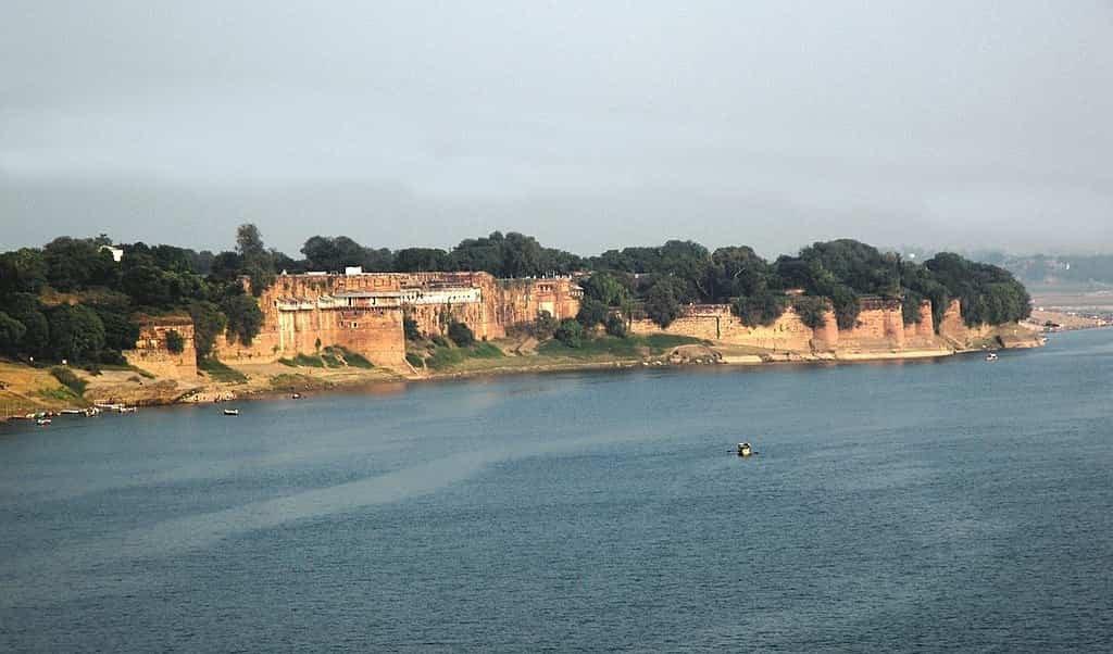 Uttar Pradesh Tourist Places in Hindi, Allahabad Fort