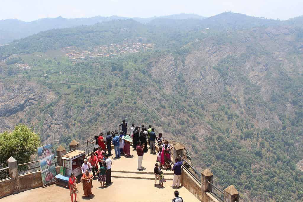 Tourist Places in ooty in hindi, Dolphin's Nose